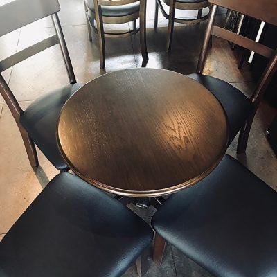 テーブル変えました!